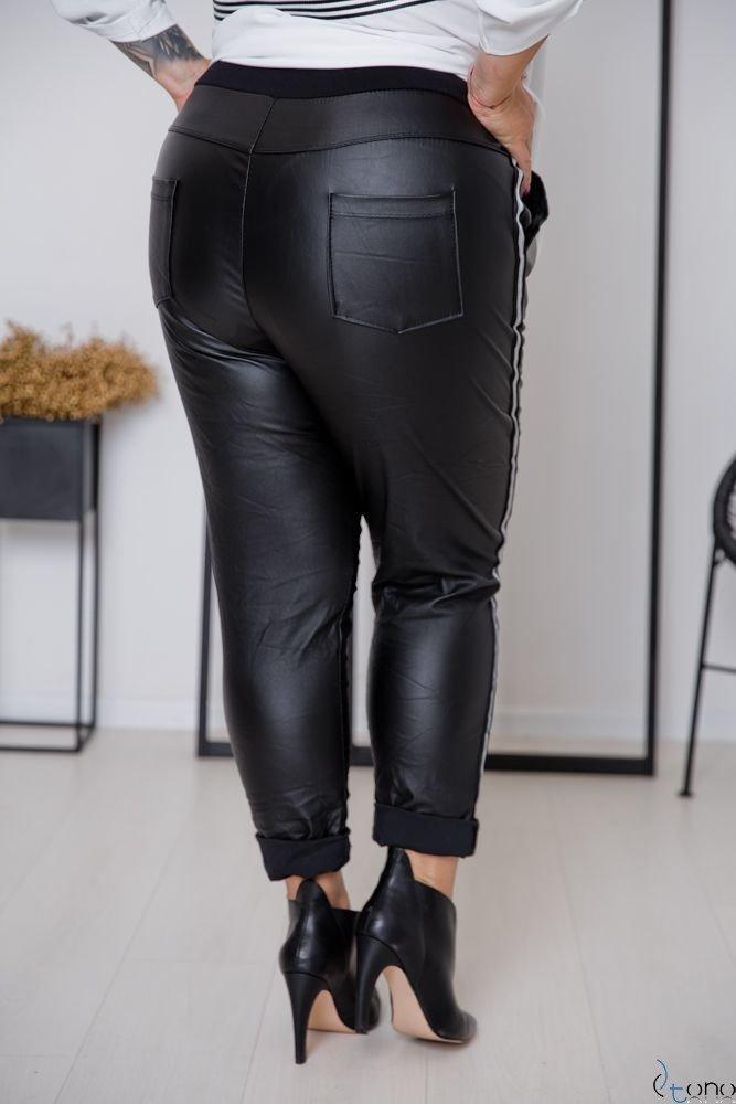 Czarne Spodnie PELLIS Plus Size Wzór 1