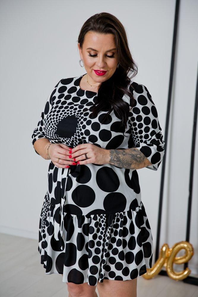 Czarno-biała Sukienka ESTI Plus Size Wzór 3